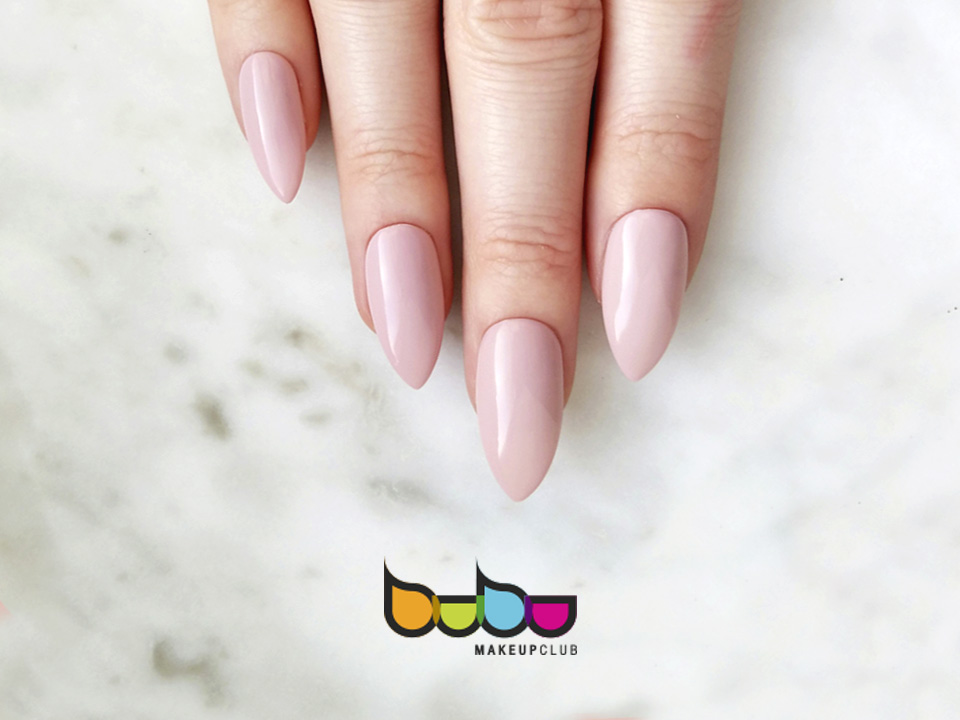 Manicura top stiletto. Bubu Makeup